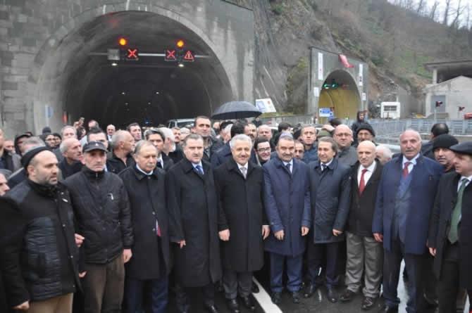 Cankurtaran Tüneli ulaşıma açıldı galerisi resim 1