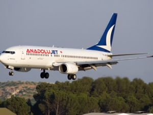"""""""Pilot aranıyor"""" yazısı yolcuları kızdırdı"""