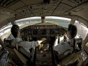 Türk Hava Yolları'nın Yunan pilotları