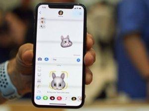 Apple, Animoji yüzünden davalık olabilir!