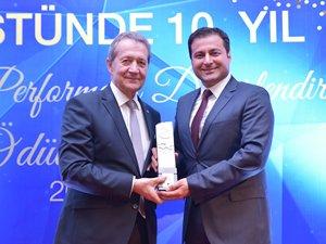 Autoport'a Sektörel Performans Değerlendirme Ödülü verildi