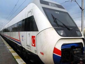 Ankara-İzmir hızlı tren sözleşmesi imzalandı