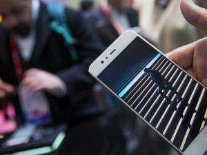 Huawei'nin yeni telefonunun özellikleri ve görüntüleri sızdırıldı