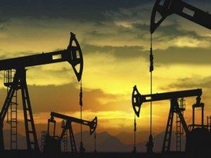 Petrol, OPEC raporu öncesi 65 doların altında