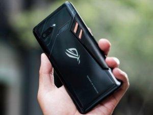 ASUS ROG Phone fiyatı dudak uçuklatacak cinsten!