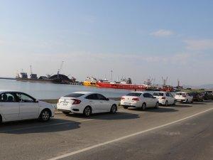 Tekirdağ Limanı'nda uzun kuyruklar oluştu