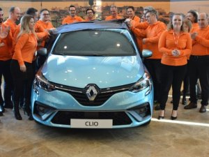 Yeni Clio dünya lansmanıyla eş zamanlı olarak Bursa'da tanıtıldı