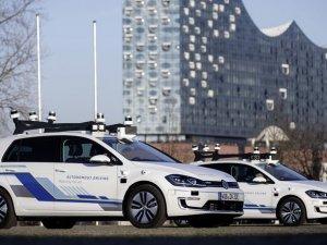 VW 'seviye 4' otonom sürüş testlerine başladı