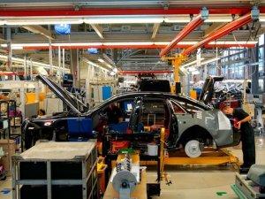 İngiliz otomotiv devleri üretime birer birer ara veriyor