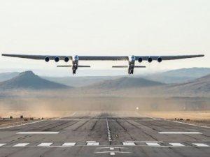 Dünyanın en büyüğü uçtu