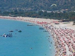 Bayram tatilinin ekonomik büyüklüğü 10 milyar TL'yi aştı