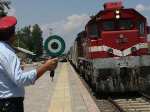 Yarın İlk Seferine Çıkacak Ankara Ekspresi'nin Biletleri Yok Satıyor