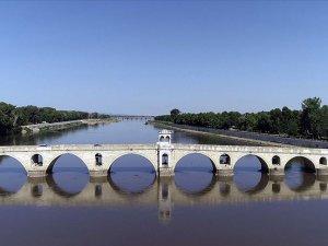 Tarihi Tunca Köprüsü trafiğe kapatıldı
