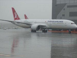 THY'nin ikinci 'rüya uçağı' İstanbul'a geldi
