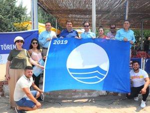 Seferihisar'da 8 halk plajı 'Mavi Bayrak' aldı