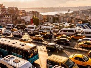 İstanbul trafiği 3.7 kilometre yavaşladı (Zaman kaybı 4 yıl)