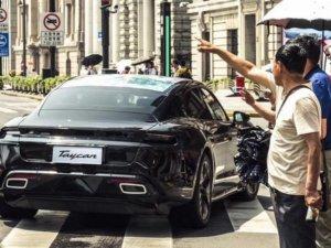 Porsche elektrikli otomobil pilleri için Çinli CATL ile görüşüyor