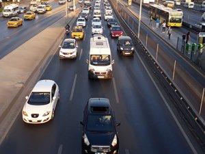 İstanbul'da okul trafiği yoğunluğu başladı