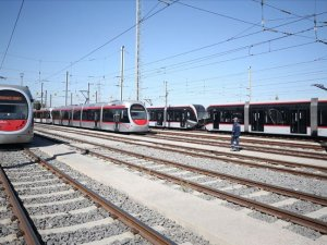 'Raylı sistemlerle günlük 4,5 milyon yolcu taşınıyor'
