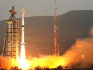 Çin yer gözlem uydusu Gaofın-7'yi uzaya fırlattı