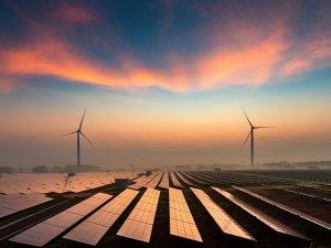 Türkiye'nin yenilenebilir kaynaklardan elektrik üretimi, toplam elektrik üretiminin yarısına ulaştı