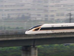 Çin, dünyadaki hızlı tren hattının üçte ikisine ulaştı
