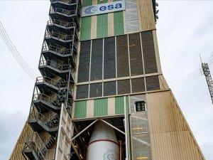 Avrupa Uzay Ajansı ötegezegenleri inceleyecek uzay aracını fırlattı
