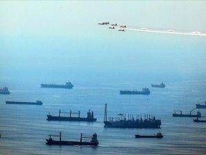 'Boğazlarda gemi trafiğinin oluşturduğu riskler artıyor'