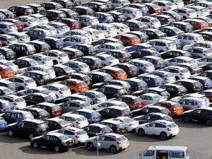 Gümrükte el konulan araçların sahiplerine iadesi için ek süre