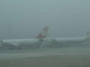 Gaziantep'te uçak seferleri sis nedeniyle iptal edildi