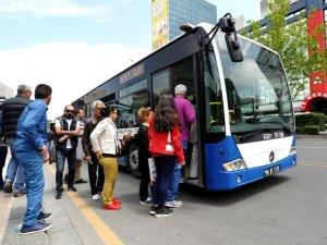 Ankara'da toplu taşıma araçları ülke nüfusundan 4 kat fazla yolcu taşıdı
