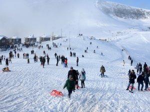 Zigana'da kayak sezonu açıldı