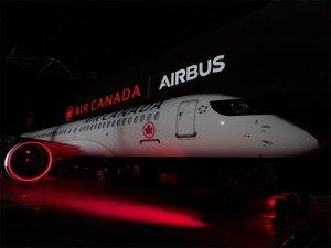 Air Canada yeni A220-300'ü tanıttı