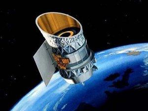 Yörüngedeki iki uydu çarpışabilir