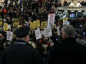 New York'ta pahalı ulaşım ücretleri protesto edildi