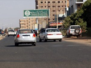 Sudan'da yakıt satışında 'karne' ve 'kota' uygulamasına geçiliyor