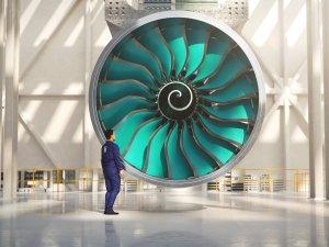 Rolls-Royce dünyanın en büyük fan kanatlarının üretimine başladı