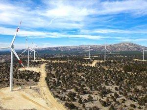 Yenilenebilir enerjideki '1 puanlık artışla ekonomiye 100 milyon dolarlık katkı'