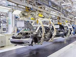 Avrupa'daki otomotiv üretimi neredeyse durdu