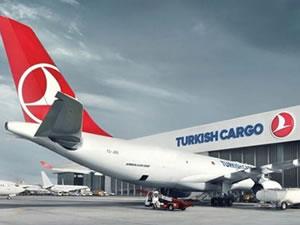 THY, yolcu uçaklarıyla kargo taşımacılığı yapıyor