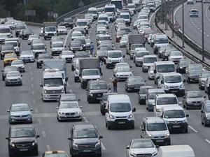 Trafiğe kaydı yapılan taşıt sayısı yüzde 43,8 azaldı