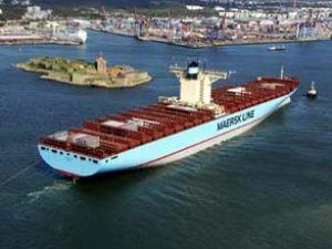 Maersk, petrol ve limanlara yönelecek