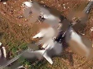 Uçak caddeye çakıldı: 1 ölü, 3 yaralı