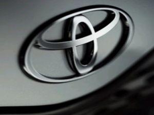 Toyota kârında üçte birlik düşüş yaşadı