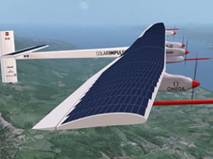 Güneş enerjili Solar İmpulse bir ilke imza attı