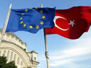 AB Komisyonu'ndan vizesiz Avrupa için yeşil ışık