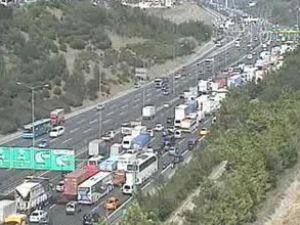 İstanbul'da dönüş trafiği alarmı verildi