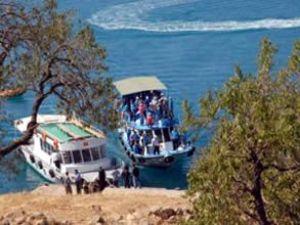 Van Gölü'nde mavi yolculuğa çıkılacak
