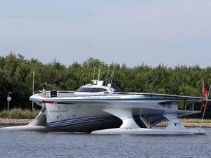 Güneş enerjili tekne dünya turuna çıktı