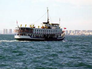 İzmir'de vapur sefer saatleri düzenlendi
